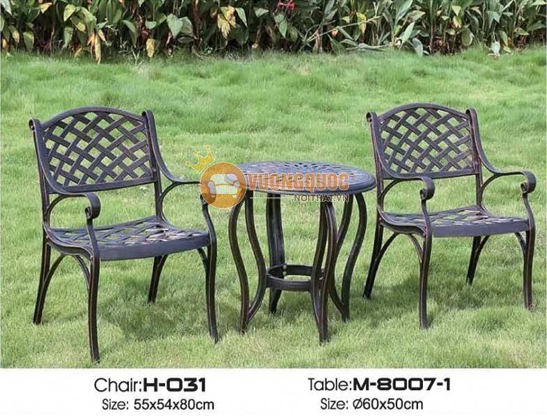 Bộ bàn ghế sân vườn sang trọng