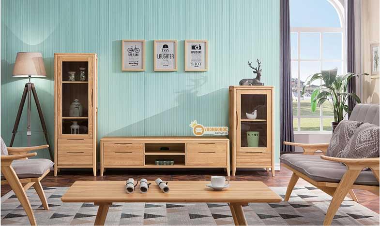Kệ tivi hiện đại gỗ tự nhiên phải kê đối diện với bàn ghế và có điểm tựa
