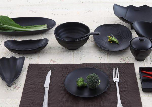 Bộ bát đĩa Hàn Quốc men đen quét màu