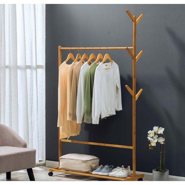 Cây treo quần áo bằng gỗ độc đáo