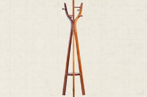 Cây treo quần áo bằng gỗ tự nhiên